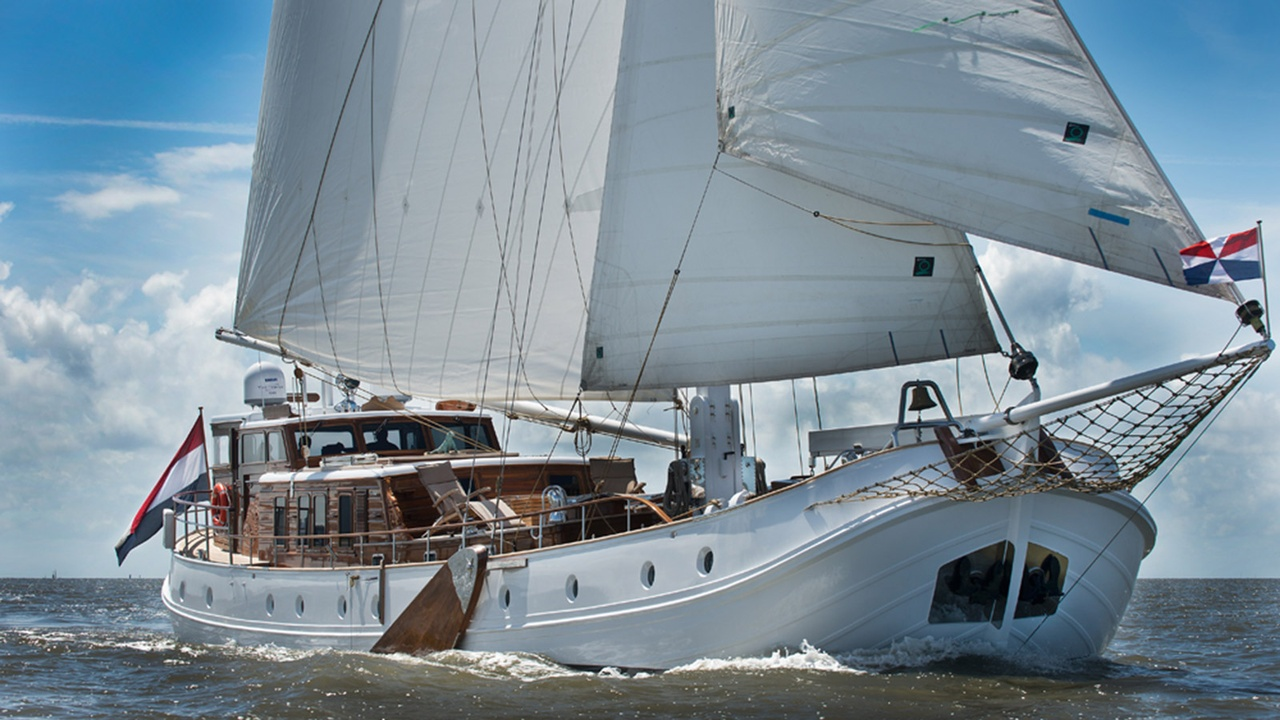 On board the 1957 Feadship De Vrouwe Christina | Boat International