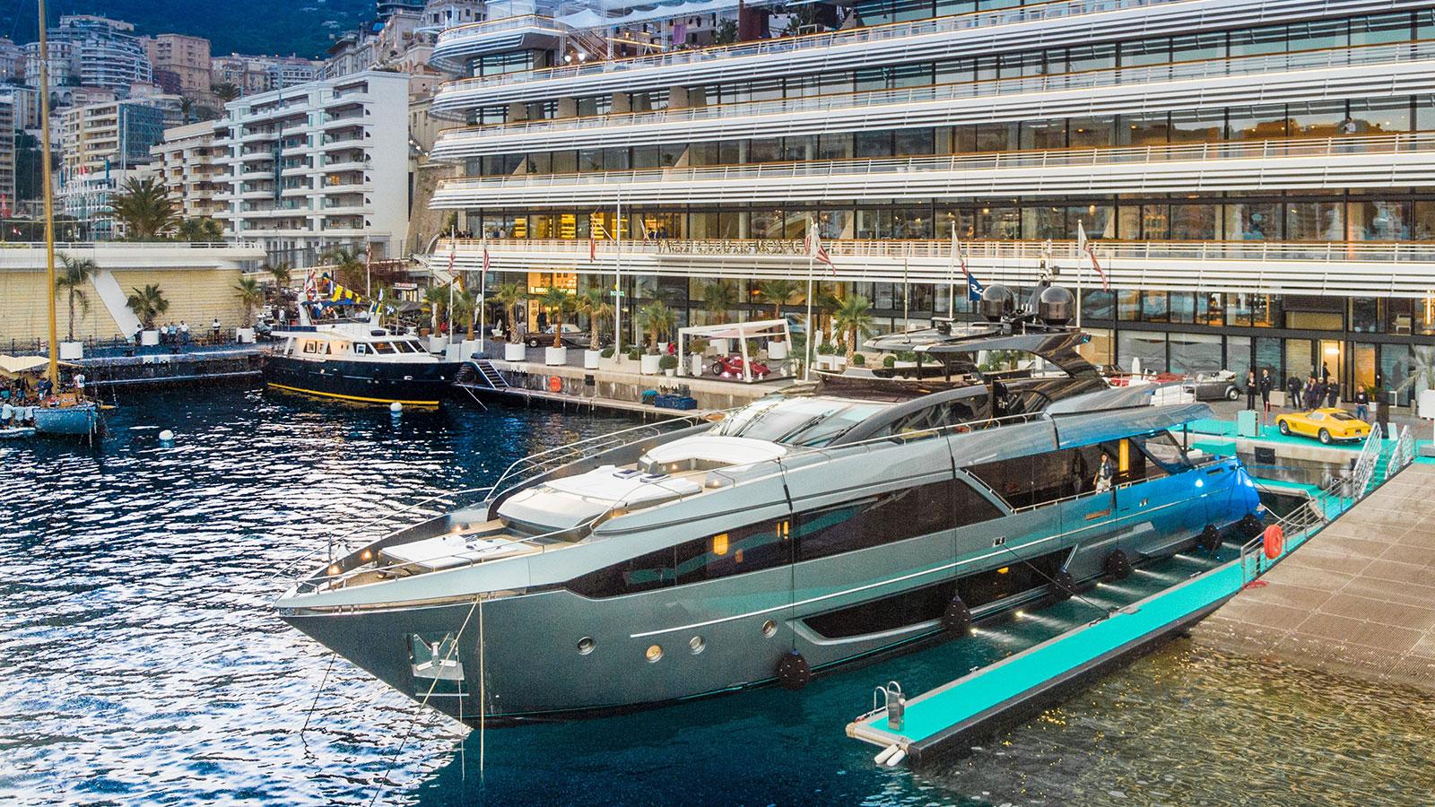 Riva-110-Dolcevita-World-Première-Monaco-Yacht-Club