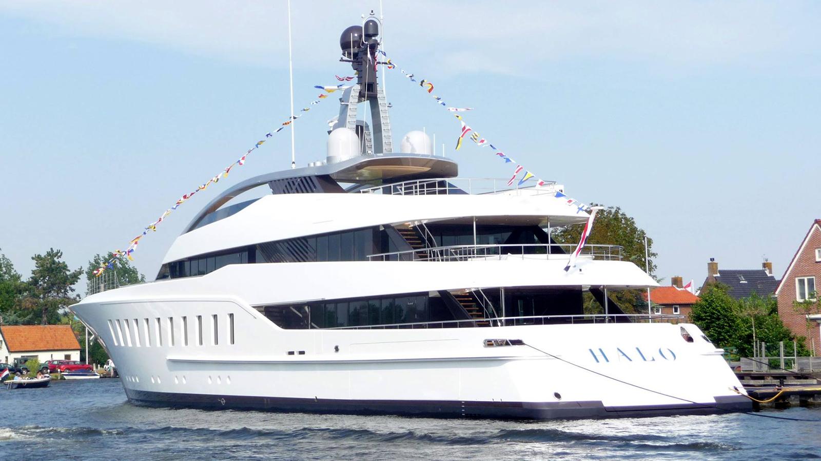 Feadship Halo Yacht Aft