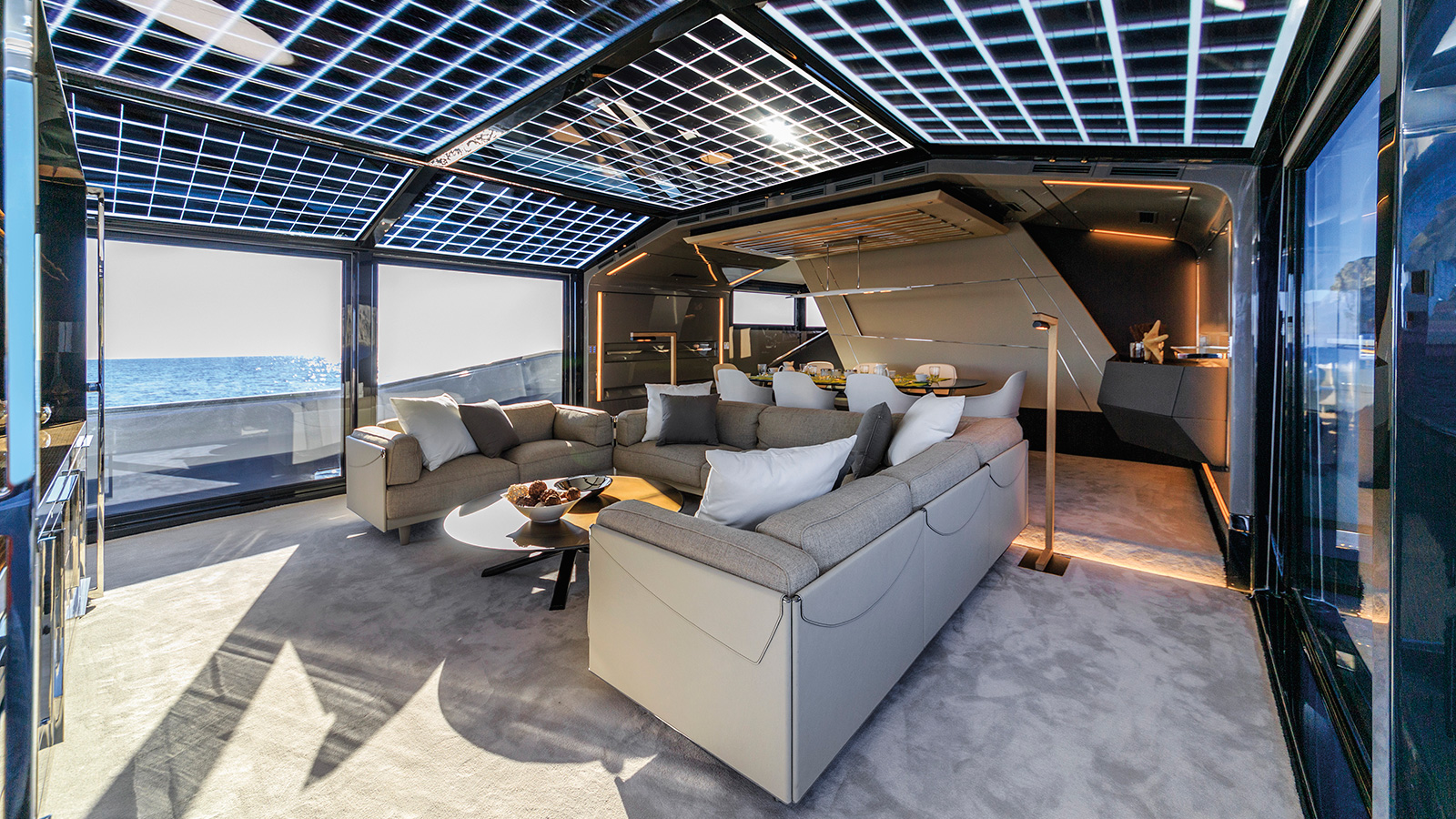 the-saloon-of-the-arcadia-85-yacht