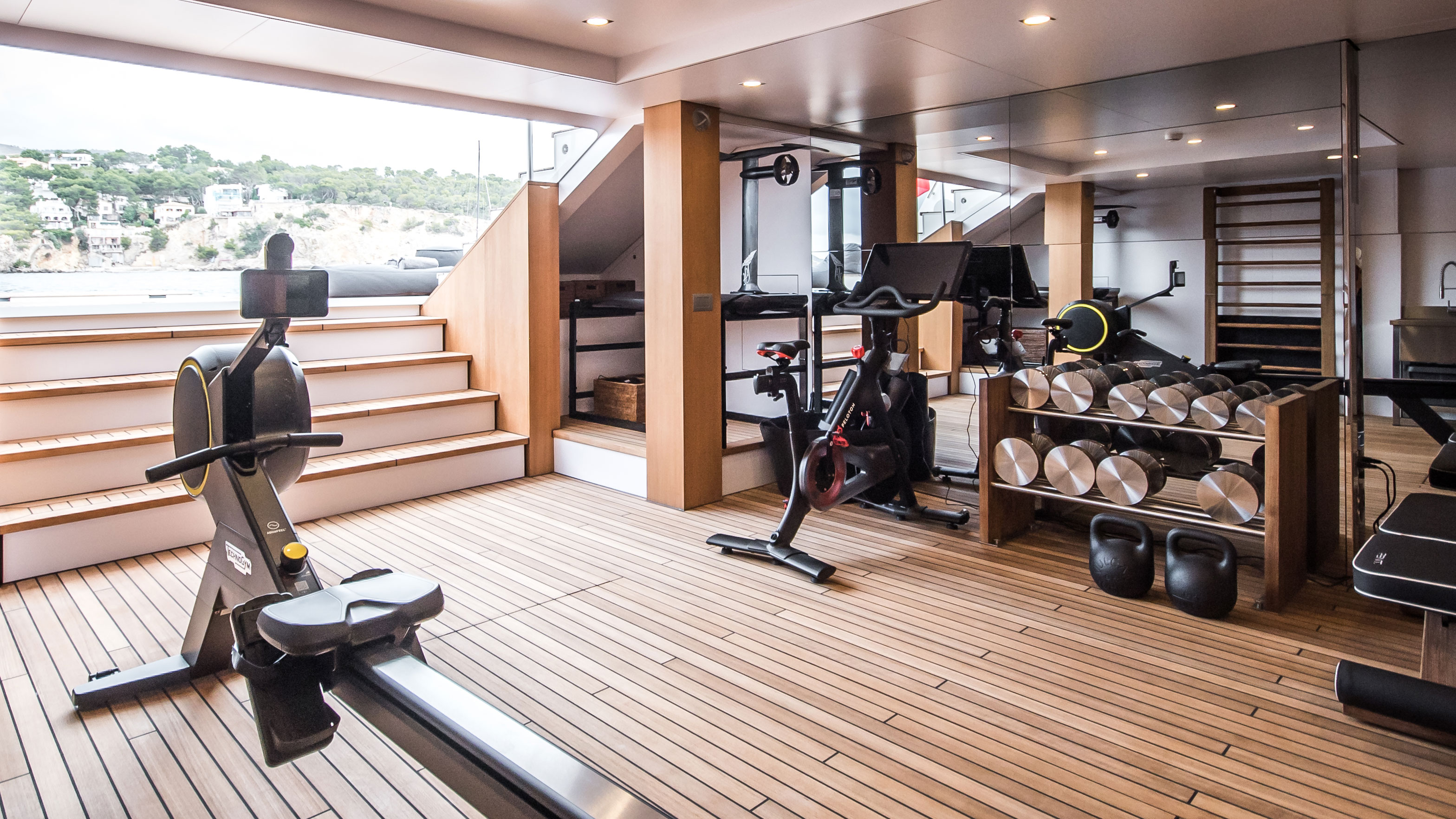 abeking-and-rasmussen-yacht-cloudbreak-features-one-of-the-worlds-best-superyacht-gyms