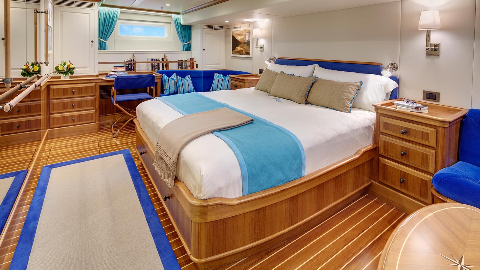 the-master-cabin-on-yachting-developments-sailing-super-yacht-cygnus-montanus