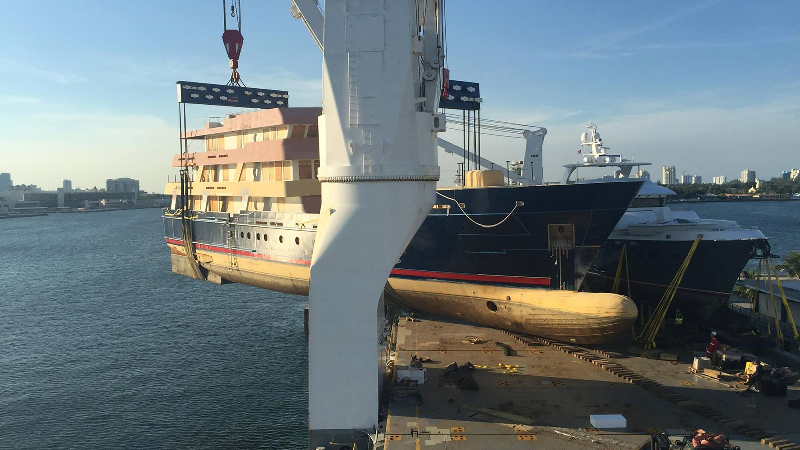 the-in-build-newcastle-marine-explorer-yacht-ulucitcan-leaves-florida