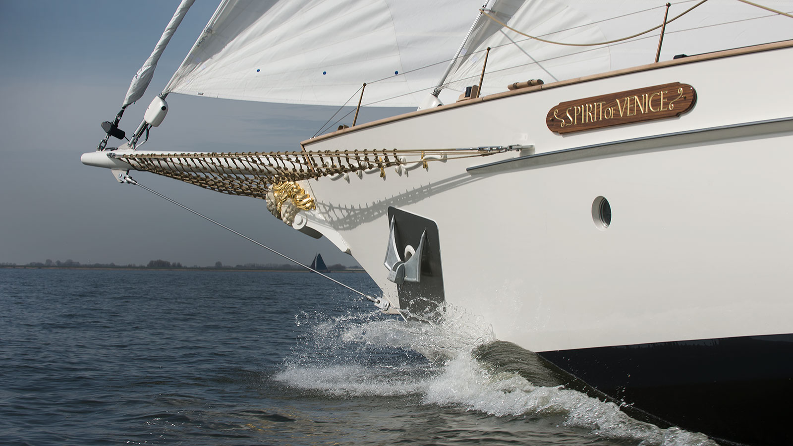 the-prow-of-the-gaff-rigged-sailing-superyacht-spirit-of-venice-credit-olivier-van-meer-vmg-yachtbuilders