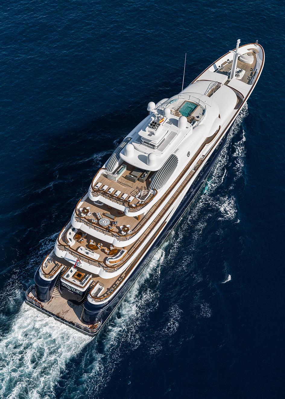 aerial-view-of-the-derektor-superyacht-aquila-after-her-pendennis-refit