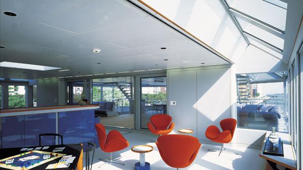 Skat Luxury Superyacht Interior Saloon