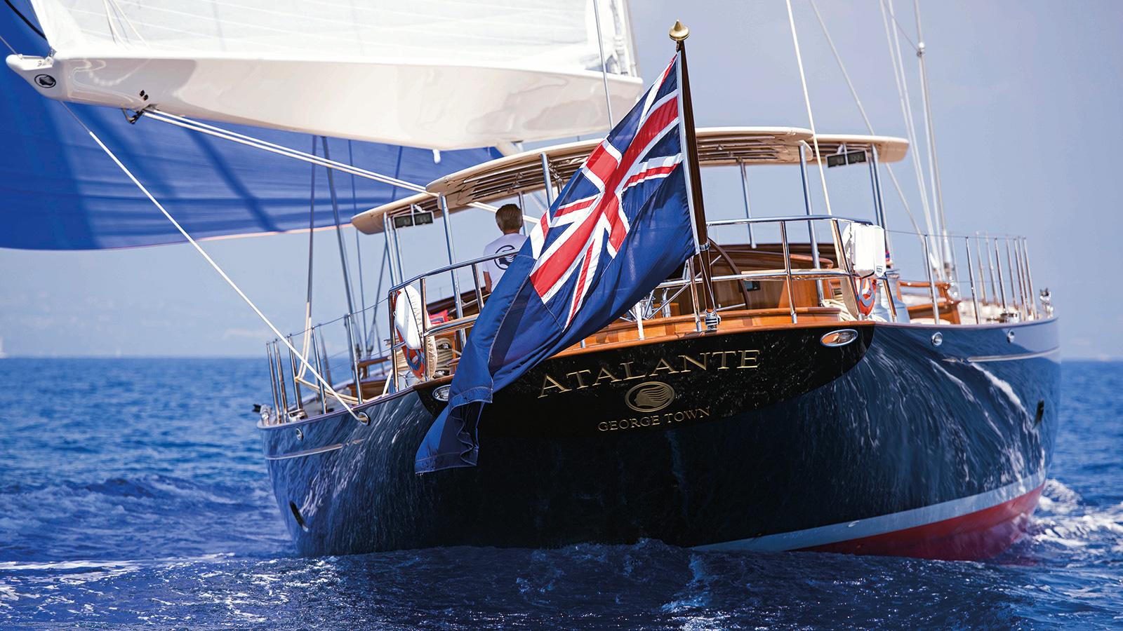 Atalante Yacht Aft
