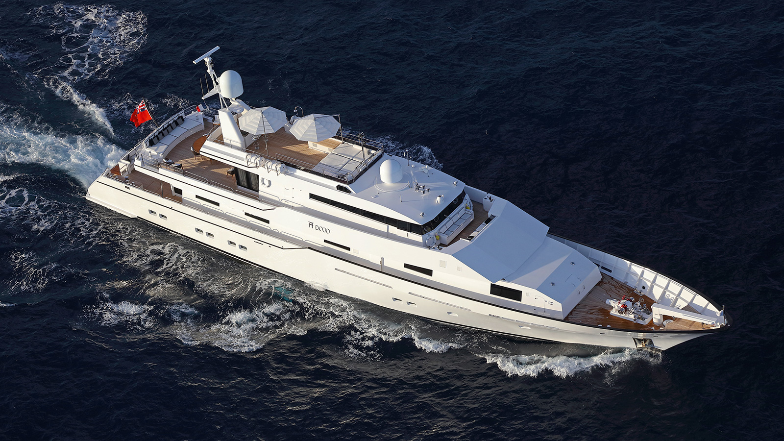 running-shot-of-the-refitted-feadship-motor-yacht-dojo-credit-thierry-ameller