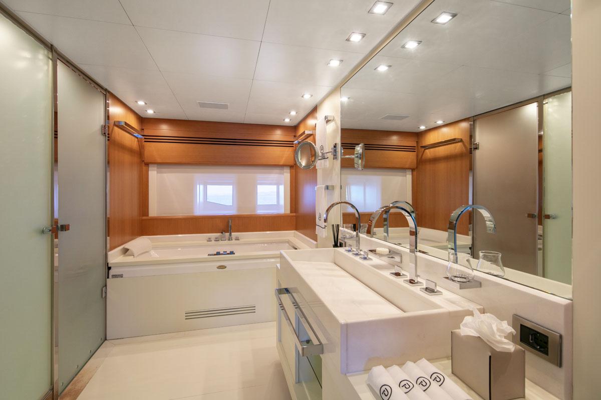 Pure One | C and N | Bathroom 1