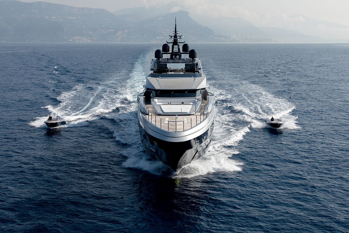 sarastar-superyacht-palumbo-refit