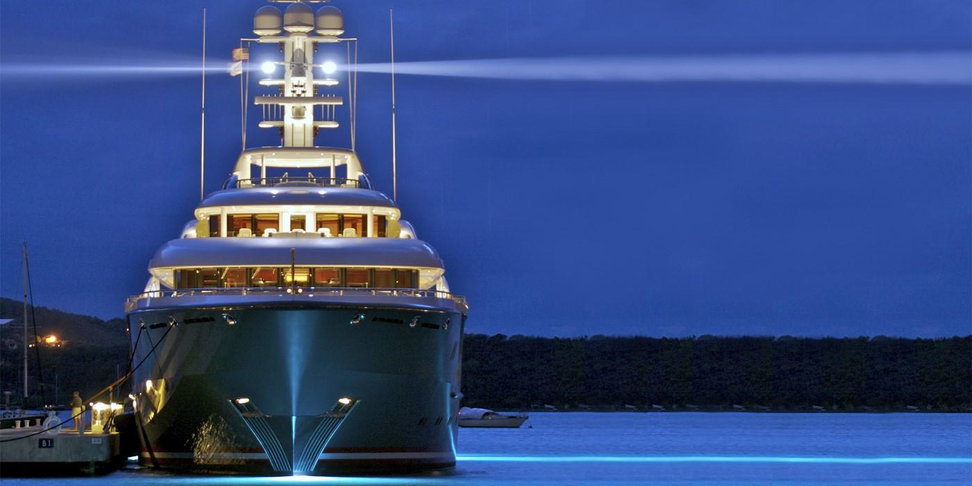 the_yacht_group_cfx_1.jpg