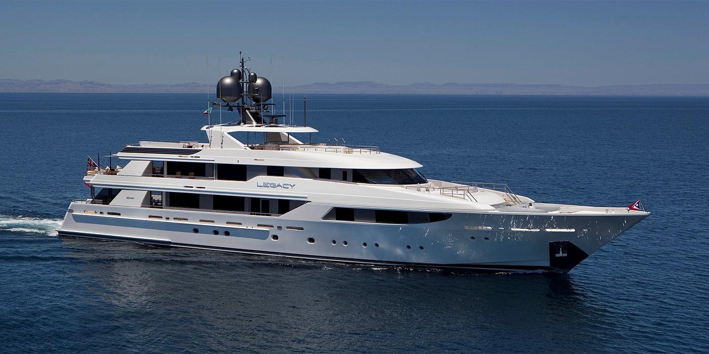 the_yacht_group_cfx_2.jpg