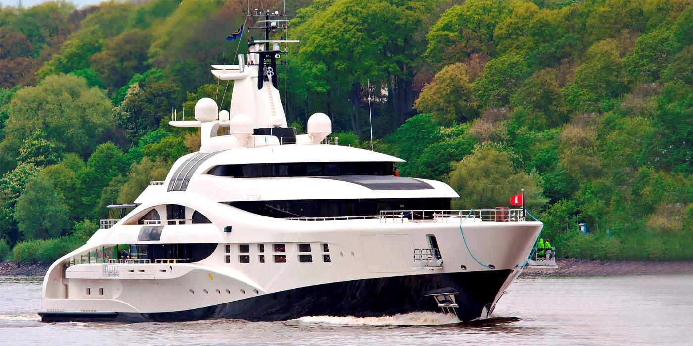 the_yacht_group_cfx_4.jpg