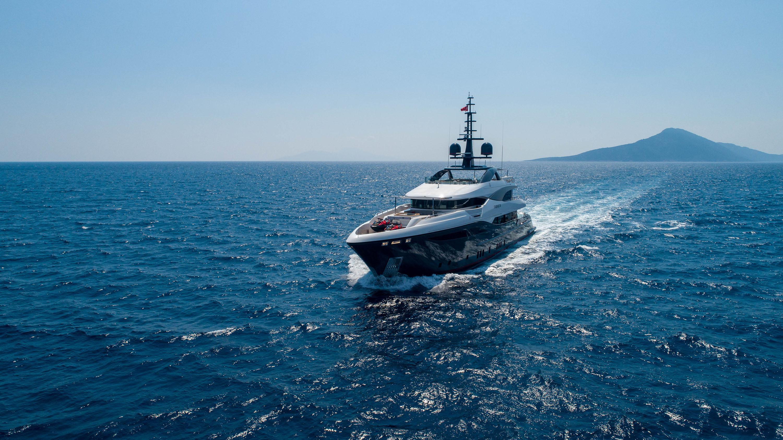 STARBURST-III-yacht-for-sale-for-charter-vbs-01.jpg