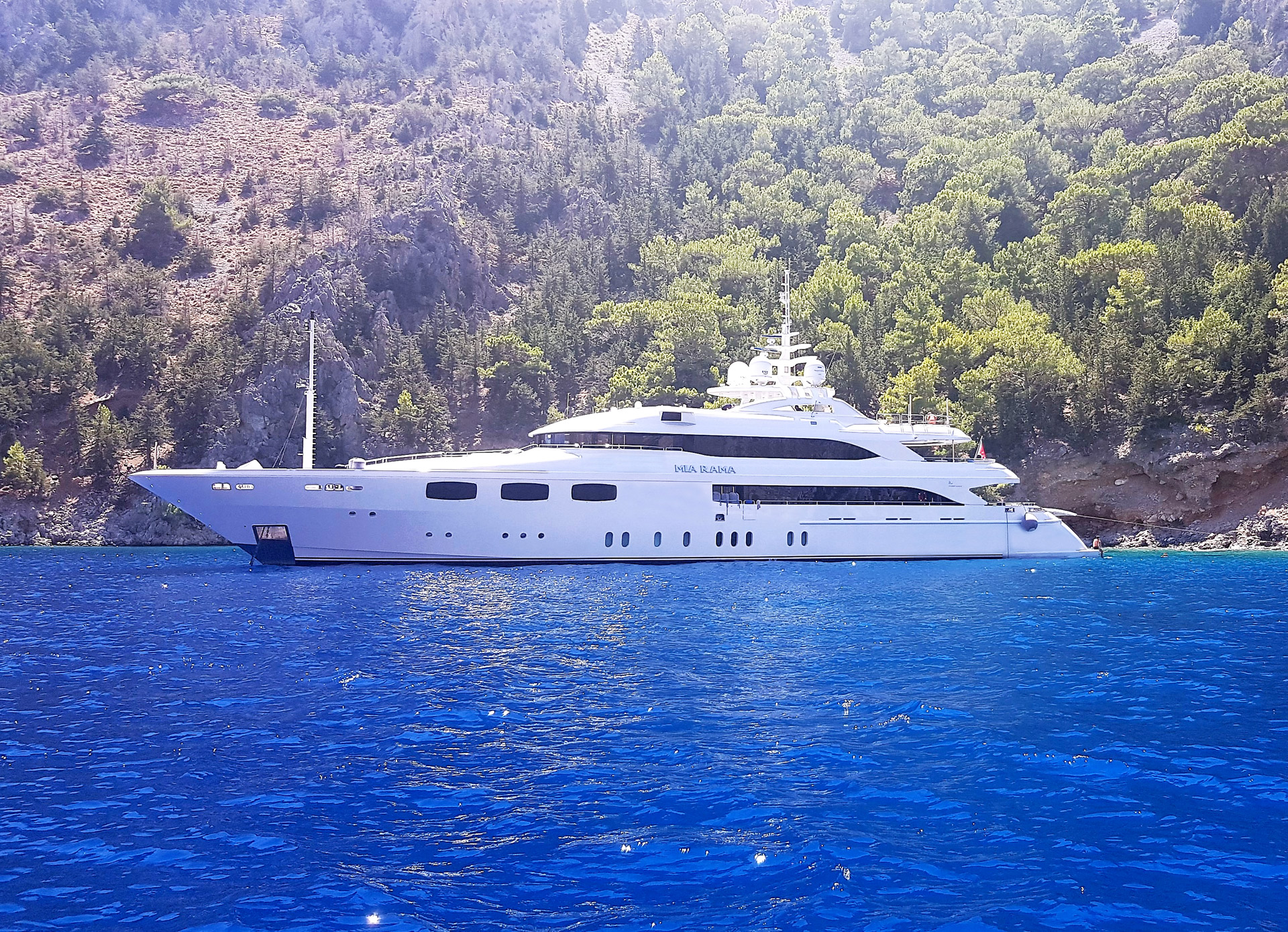 mia-rama-yacht-for-sale-for-charter-01.jpg