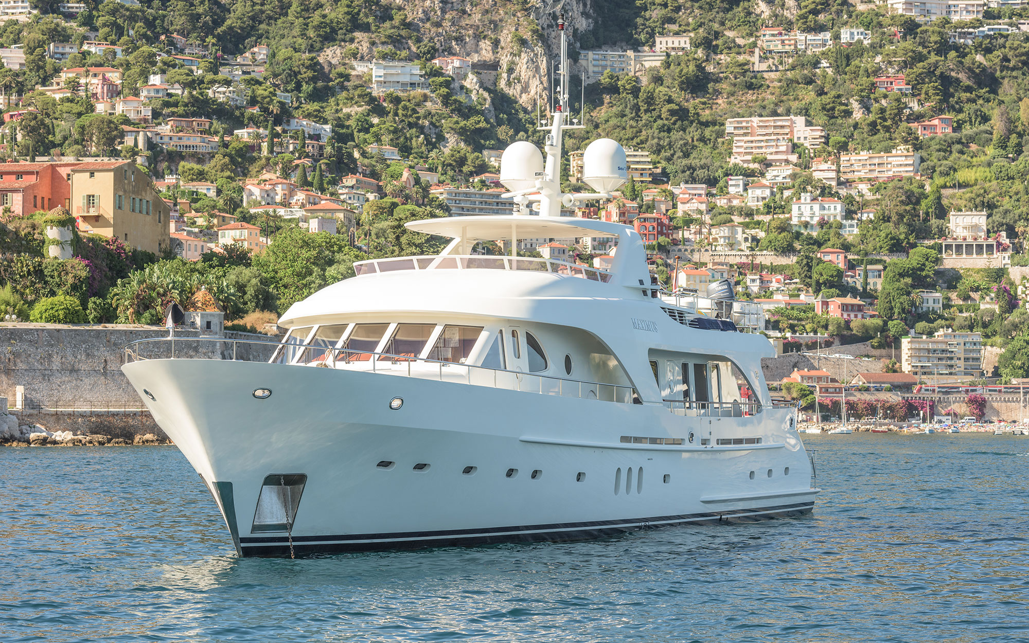 MAXIMUS-STAR-yacht-for-sale-for-charter-01.jpg