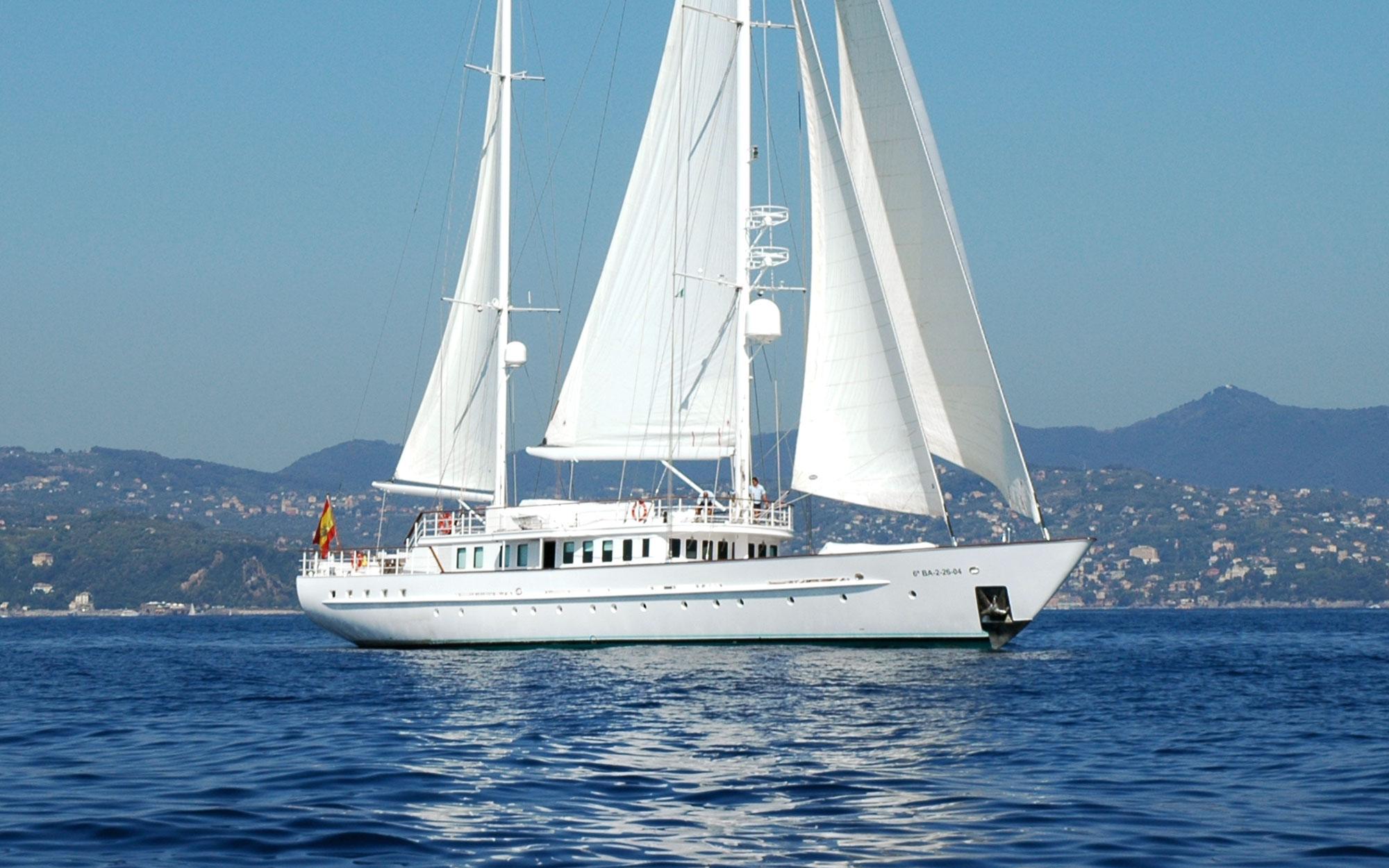 MATA-MUA-yacht-for-sale-charter-01.jpg