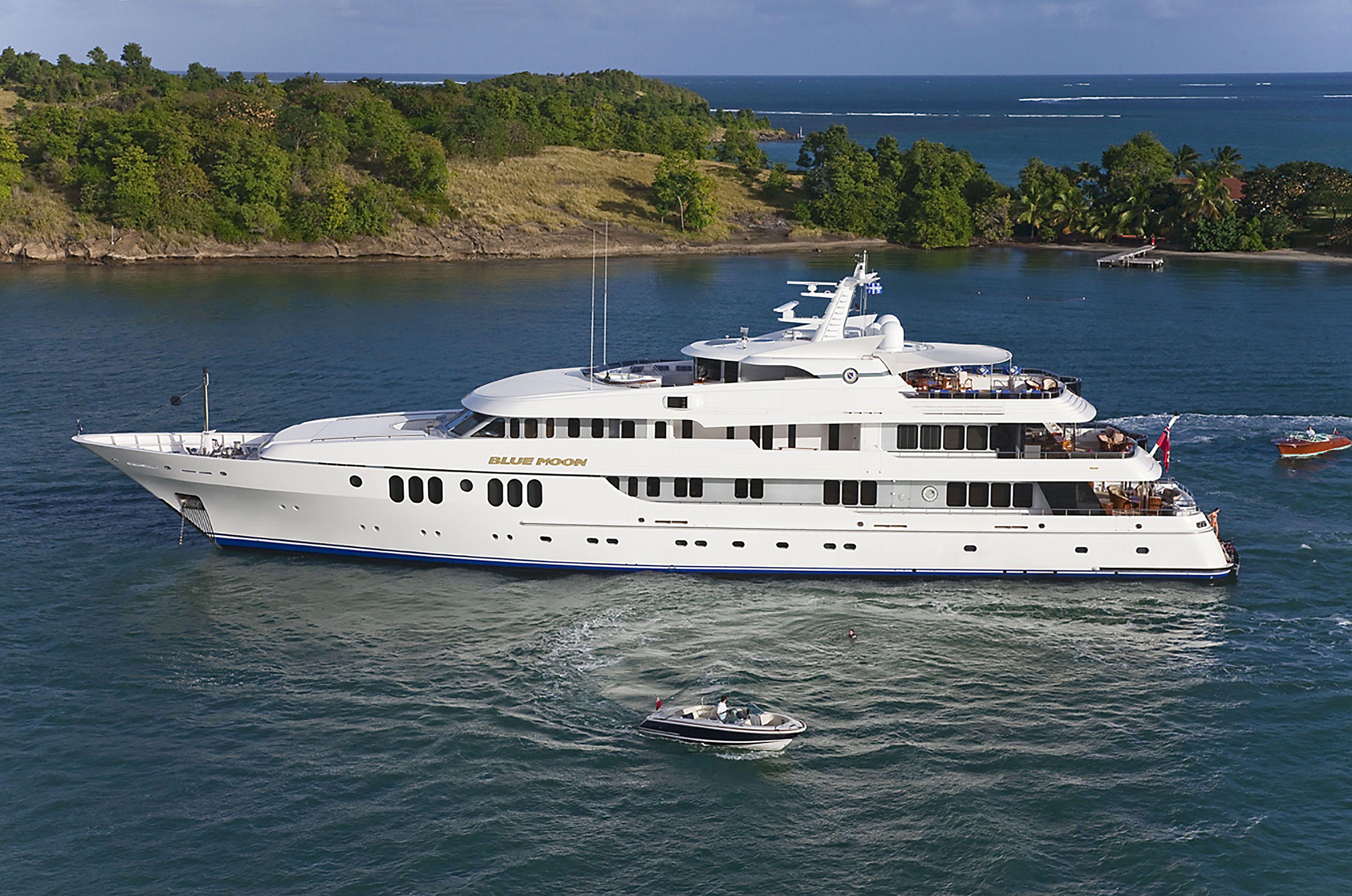 BLUE-MOON-yacht-For-sale-charter-01.jpg