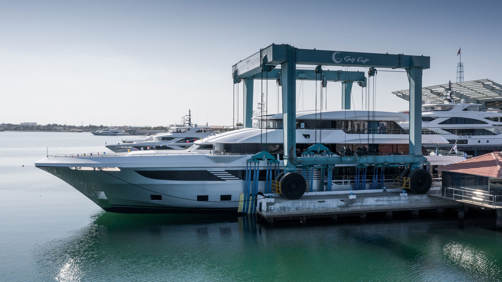 the-saloon-of-the-gulf-craft-majesty-175-yacht