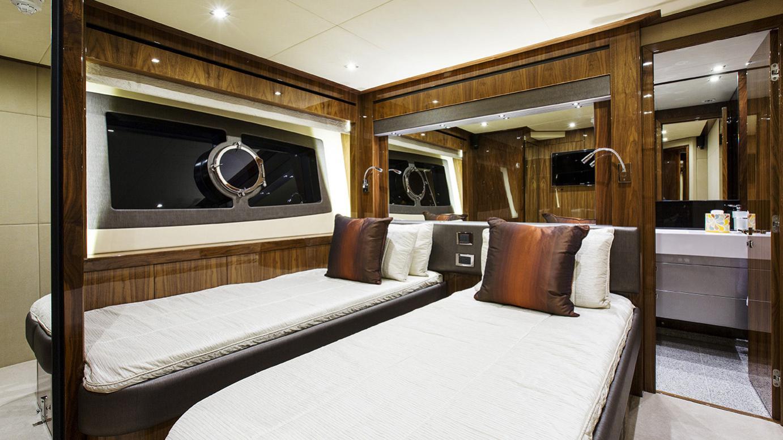 gelato-yacht-twin-cabin