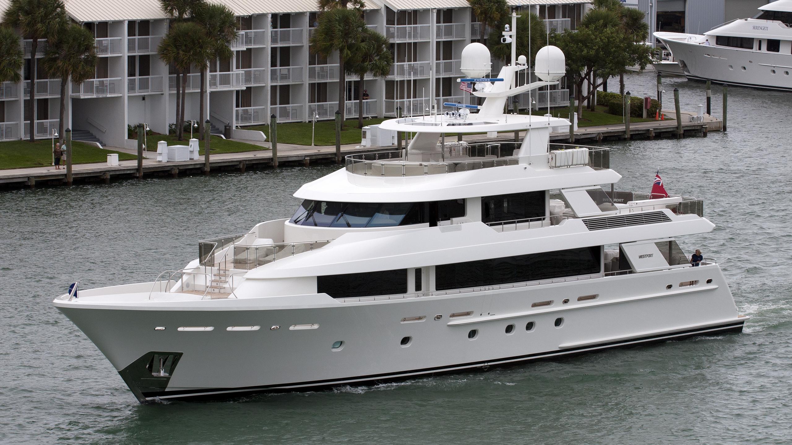 w-yacht-exterior