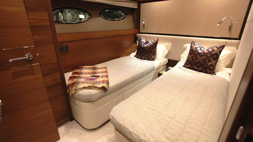 princess-88-yacht-twin-cabin