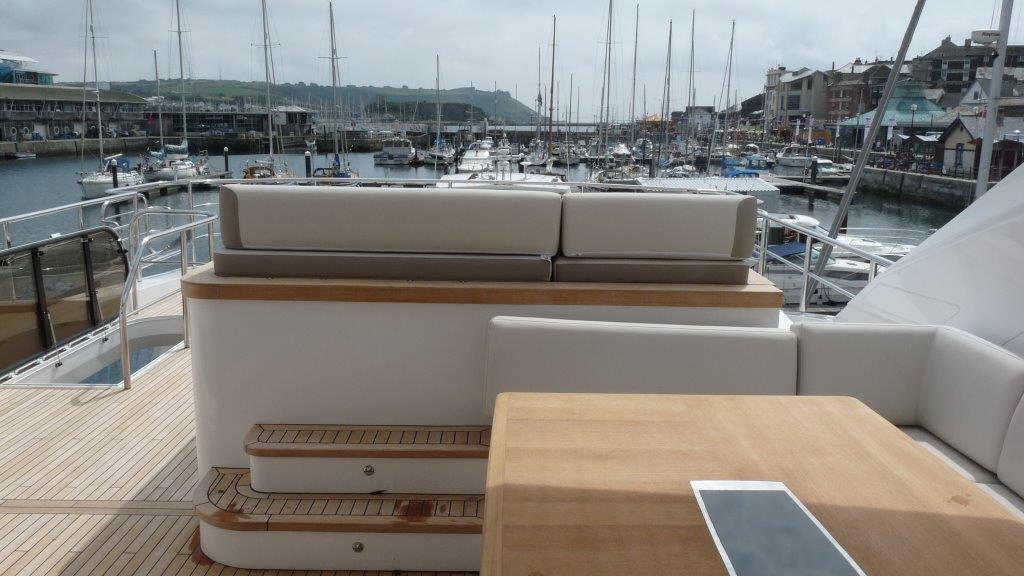 princess-98-yacht-fly-deck
