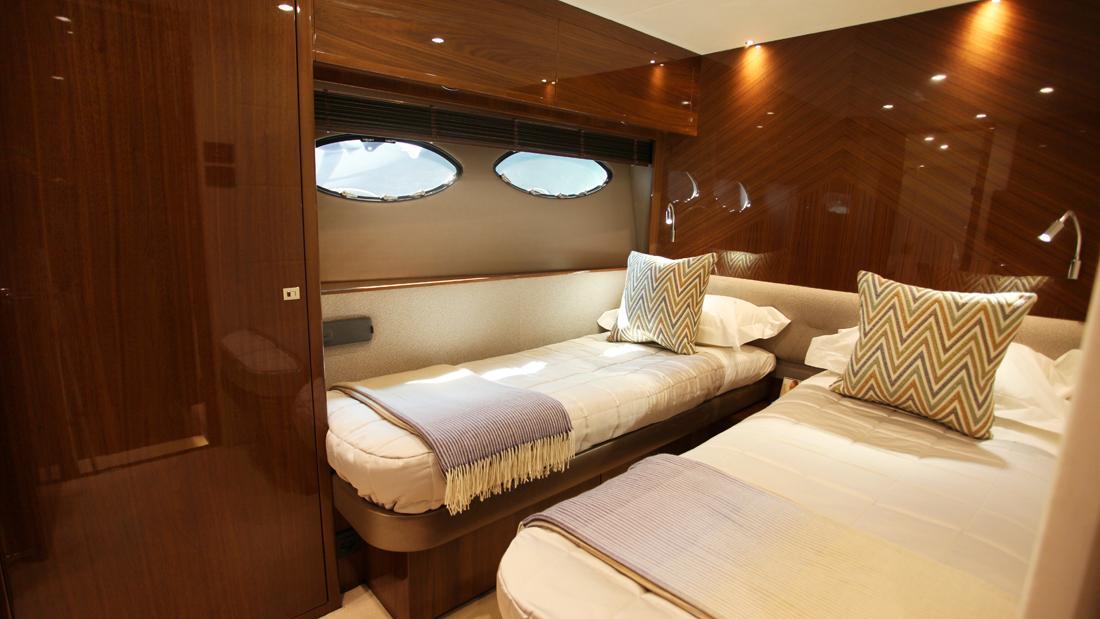 princess-82-yacht-twin-cabin
