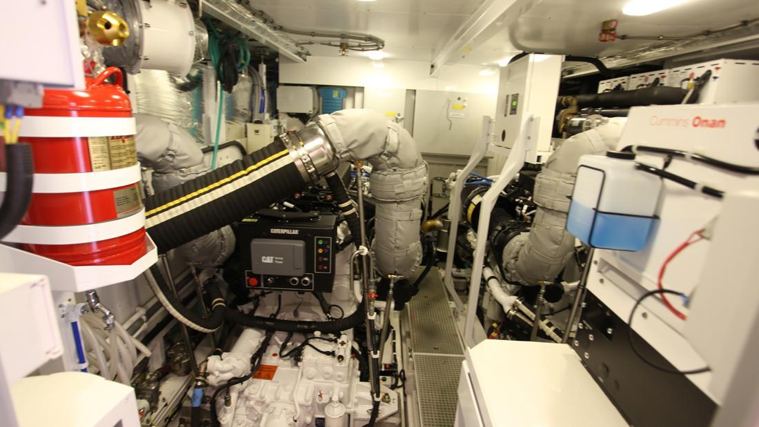 princess-82-yacht-engine