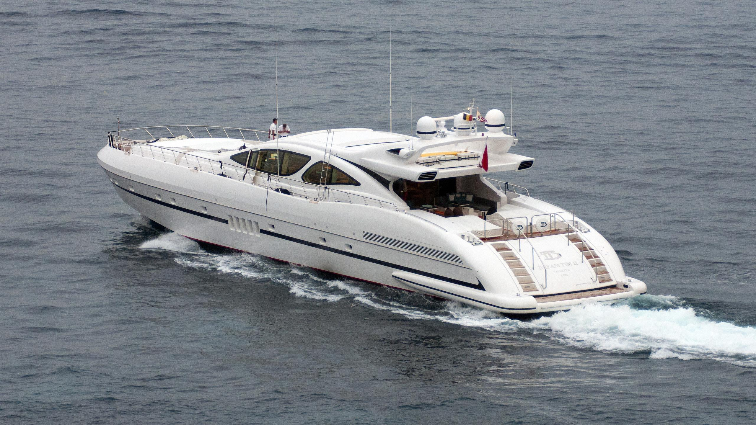 dream-tim-ii-yacht-exterior