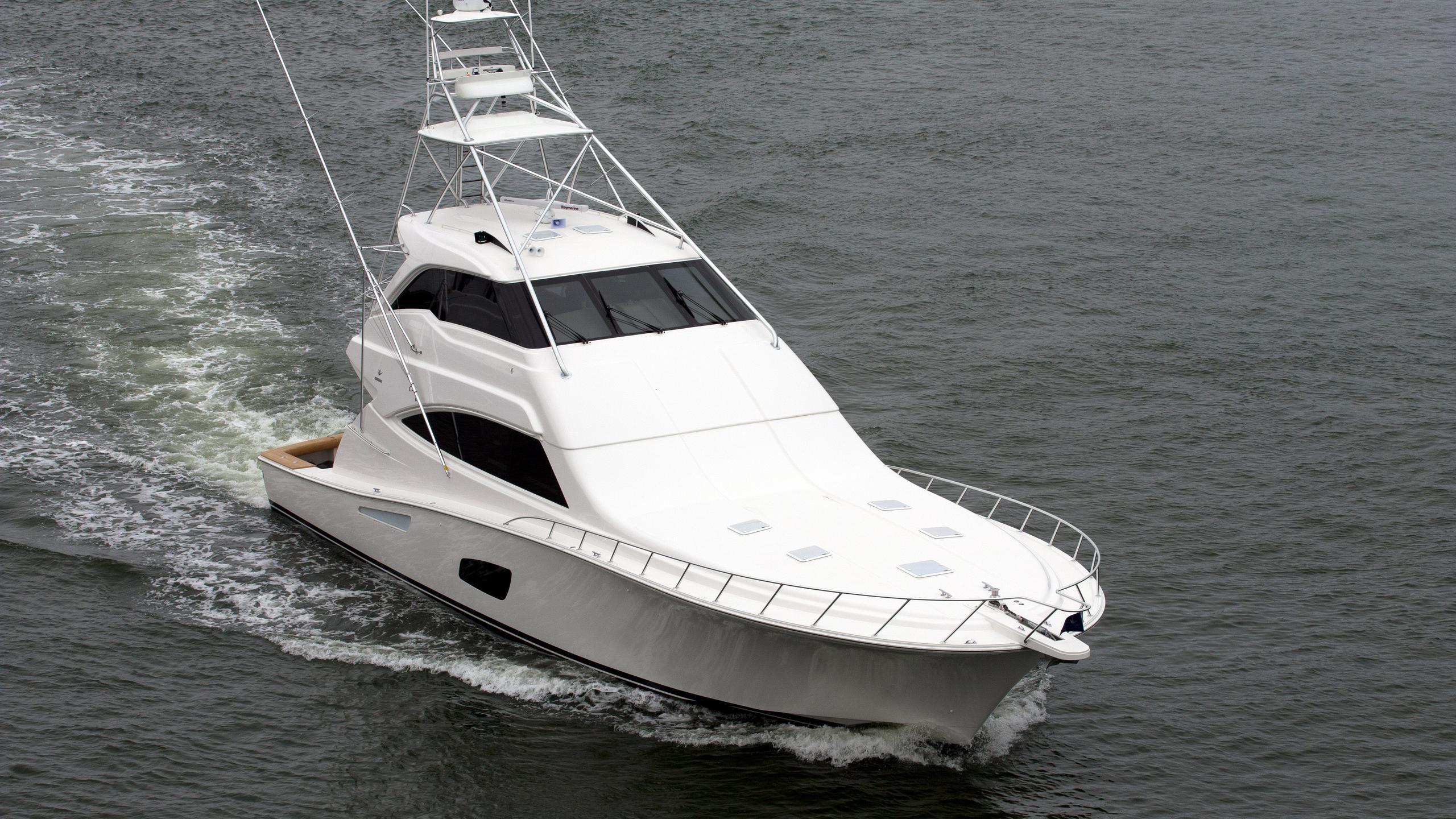 bertram-800-yacht-exterior