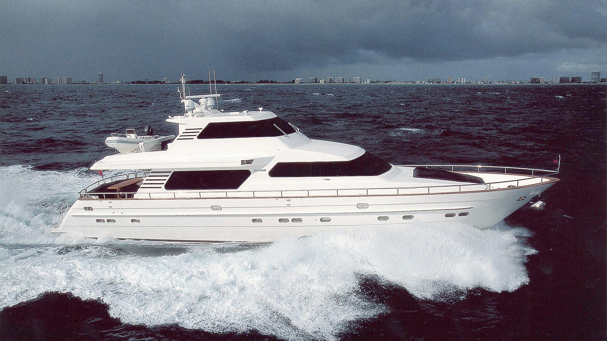 betsye-yacht-for-sale-profile