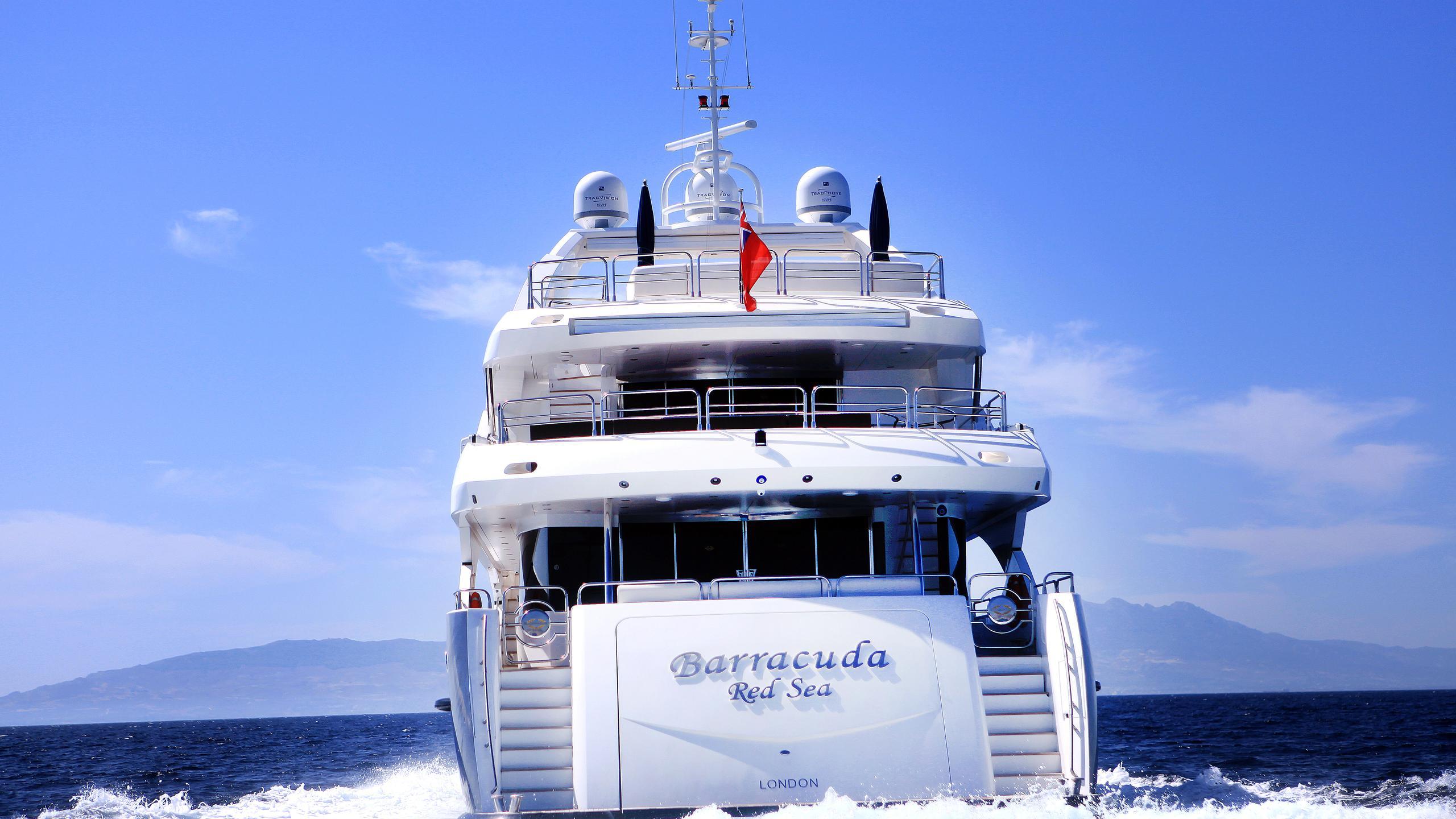 barracuda-red-sea-yacht-stern
