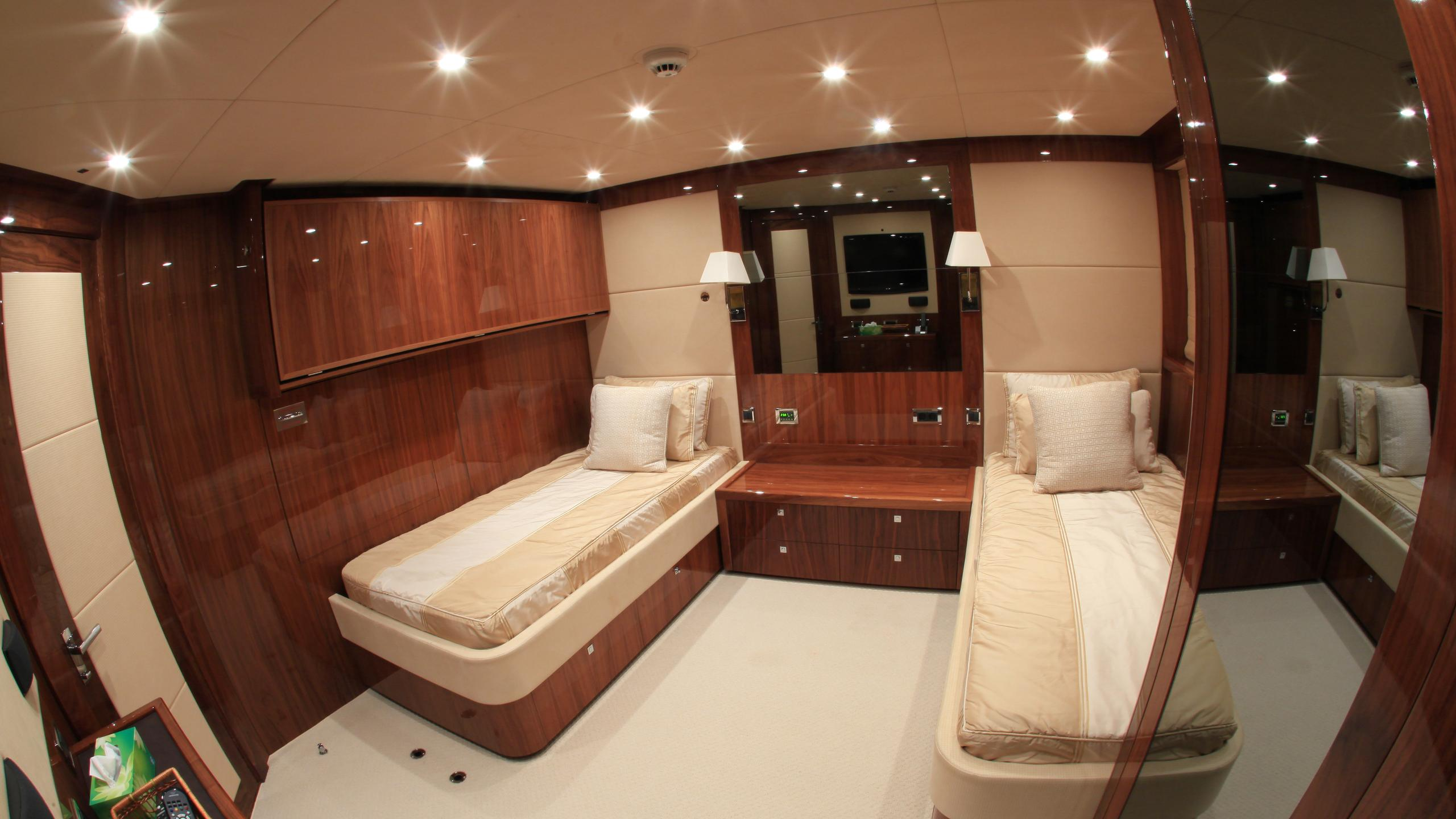 barracuda-red-sea-yacht-twin-cabin