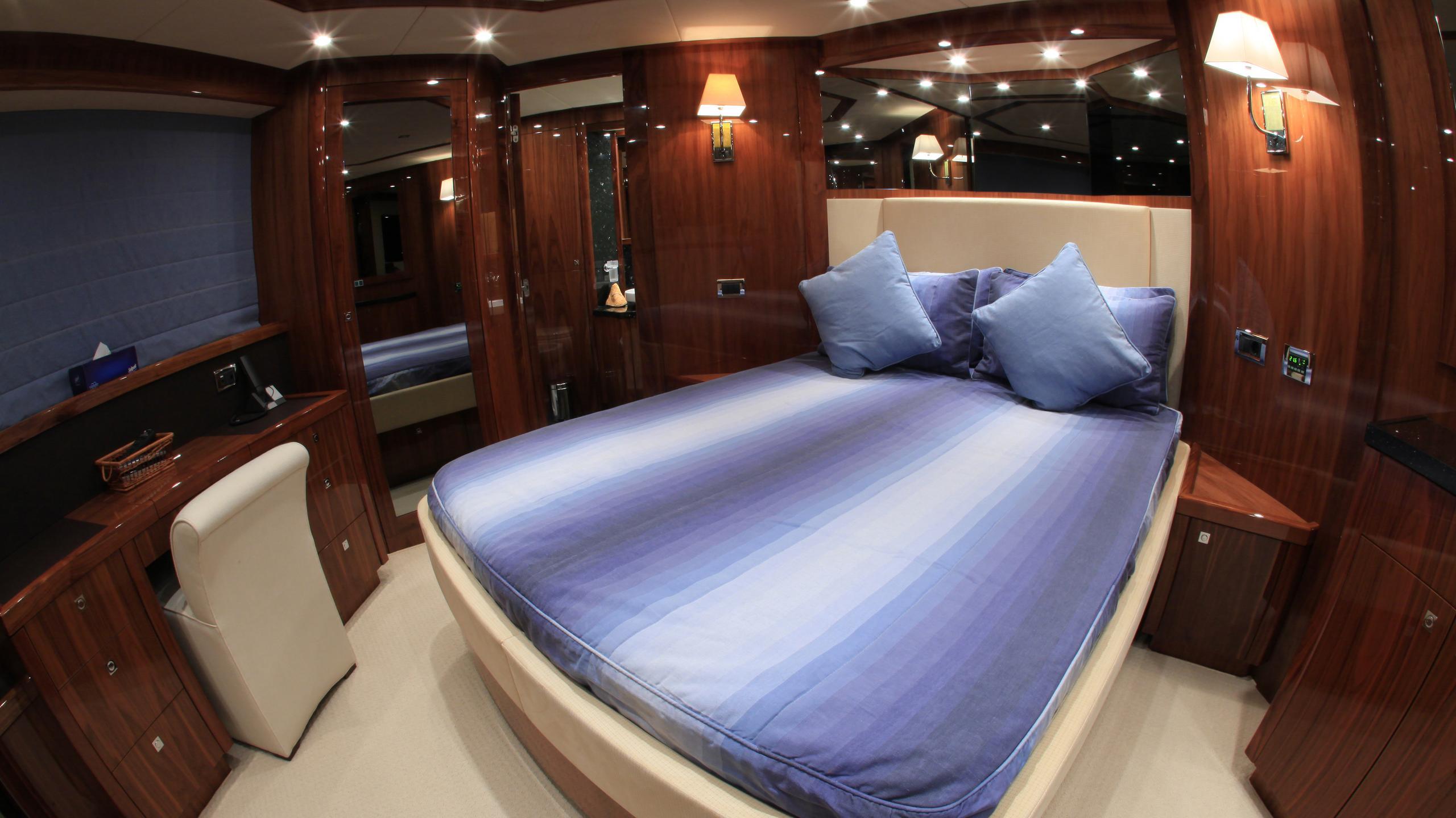 barracuda-red-sea-yacht-double-cabin