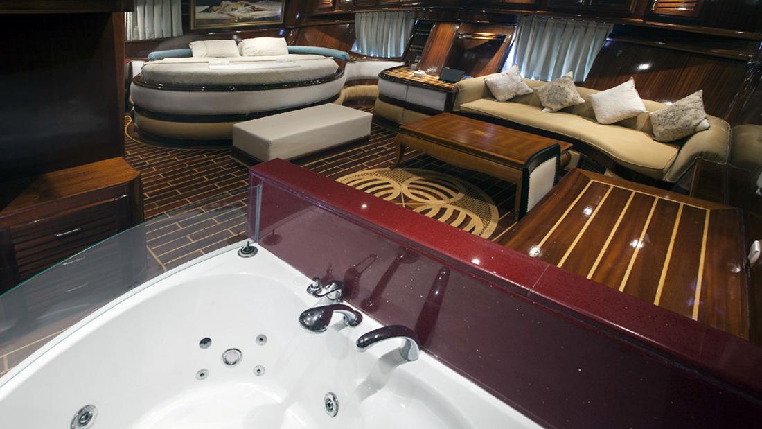 esma-sultan-yacht-master-bathroom