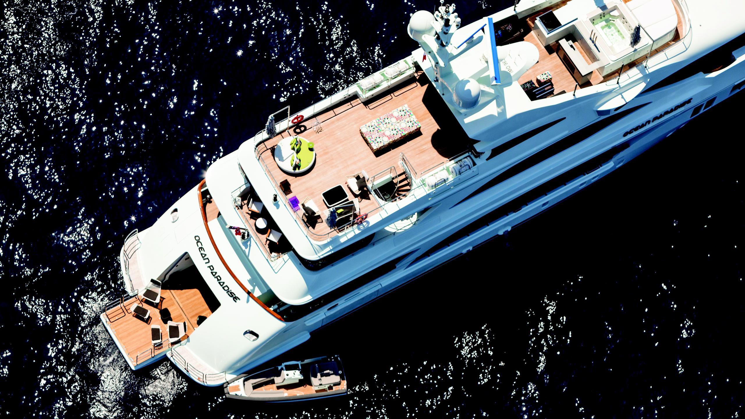 ocean-paradise-yacht-aerial-aft