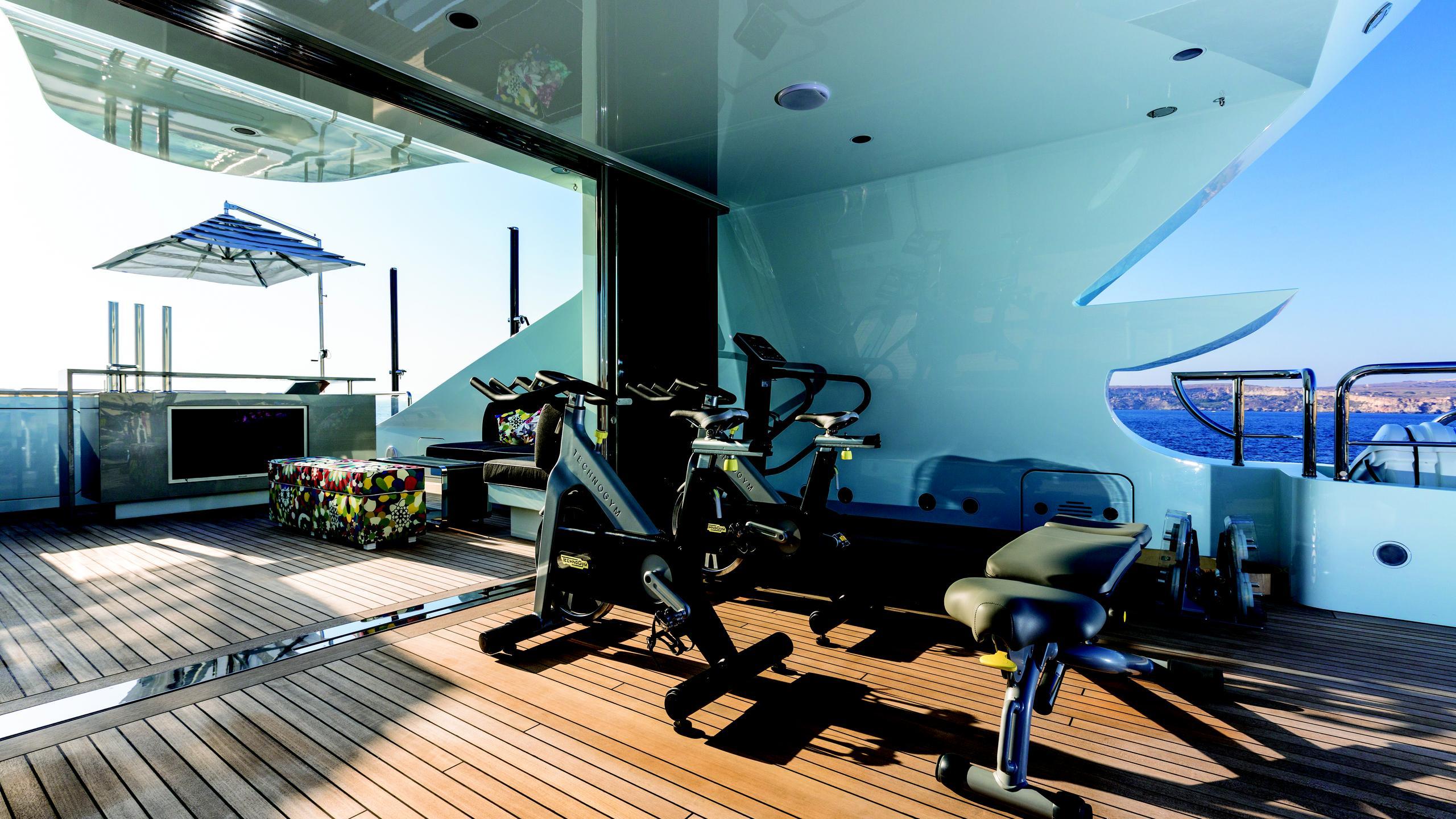 ocean-paradise-yacht-gym