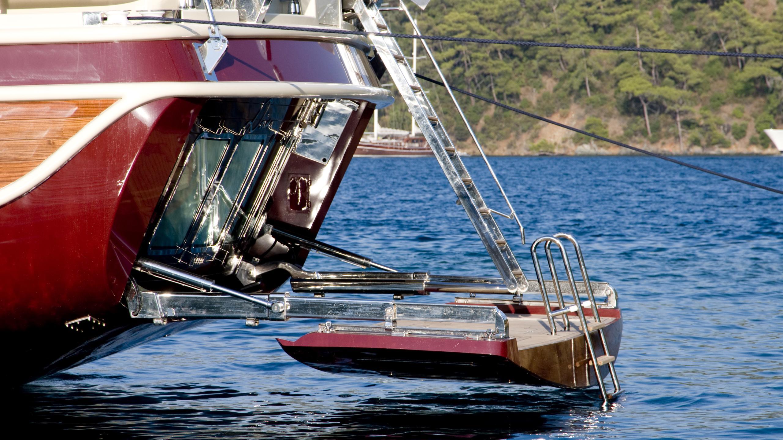 daima-yacht-beach-club