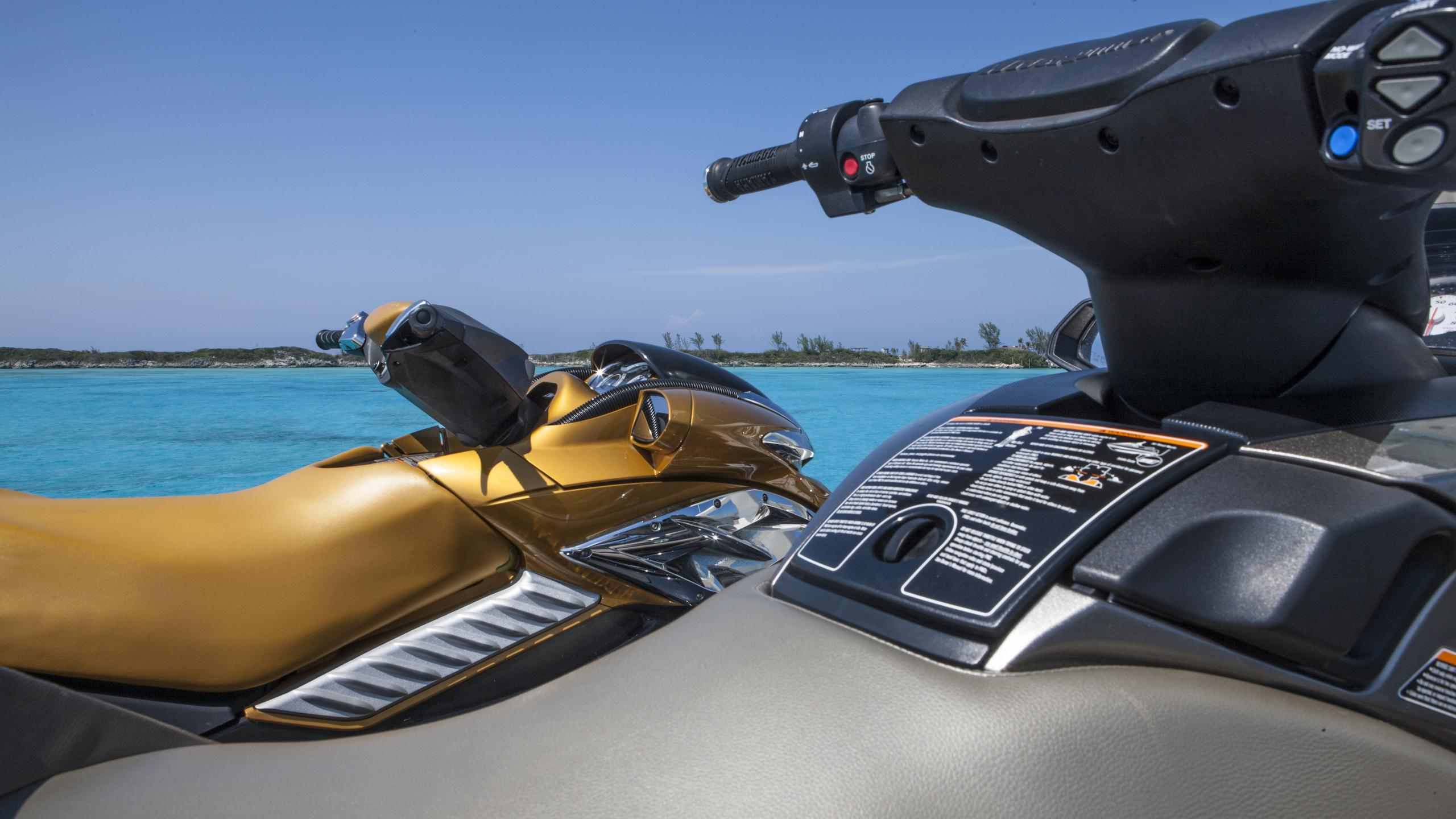 bb3-yacht-jetski
