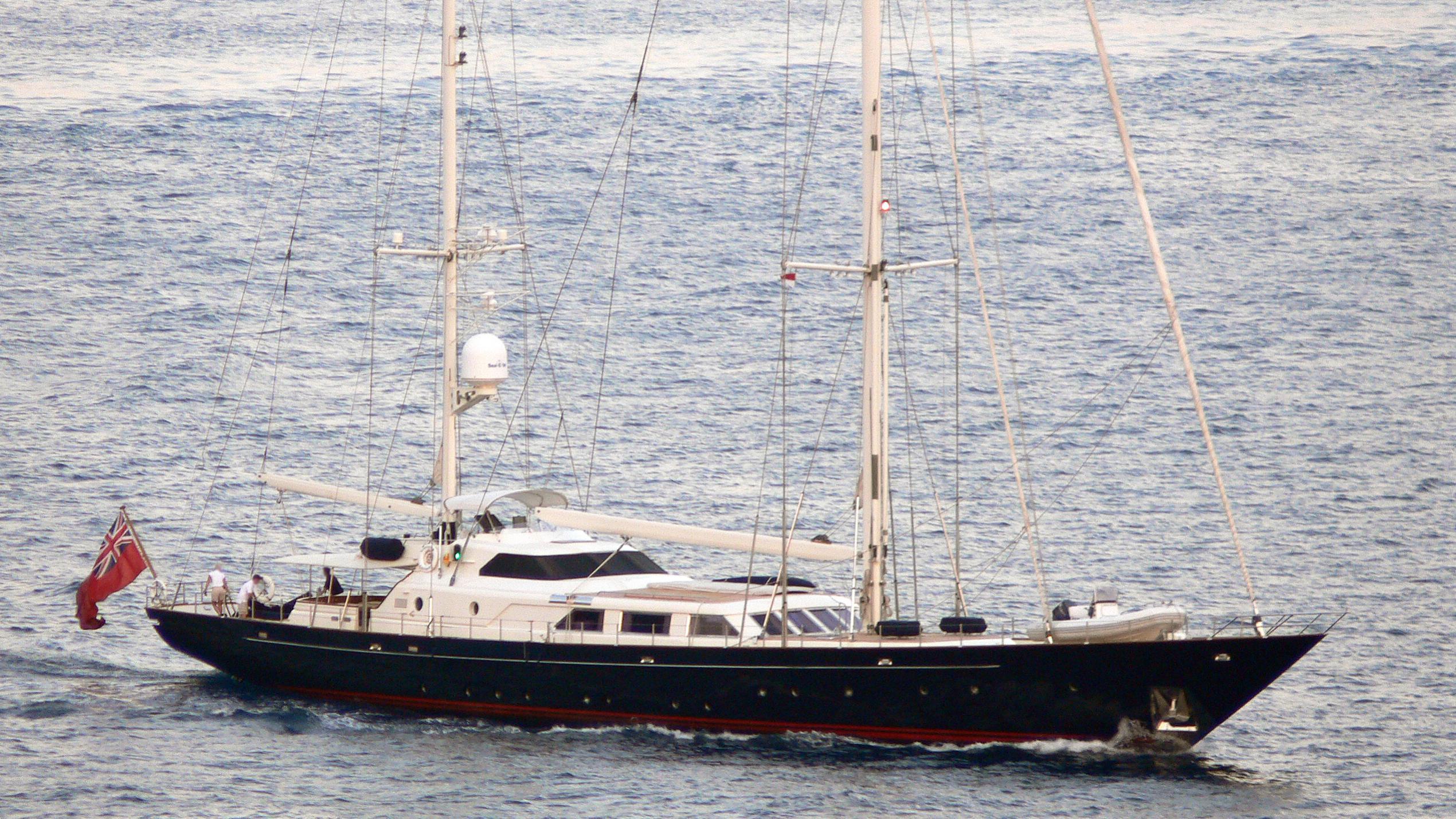 christiane-b-yacht-exterior