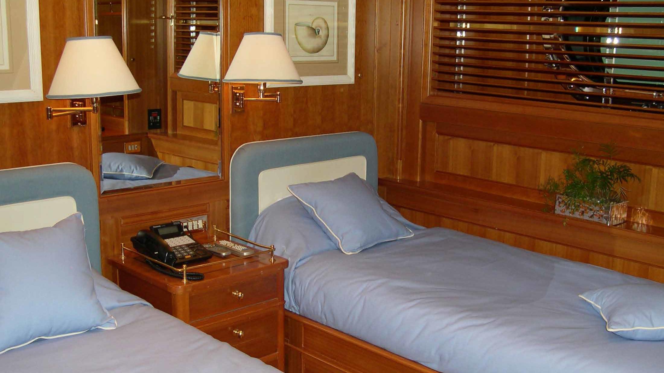 ariane-yacht-twin-cabin