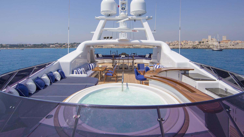 mosaique-yacht-sun-deck