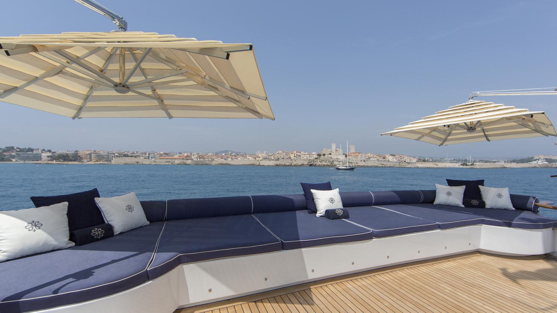 mosaique-yacht-sun-lounger