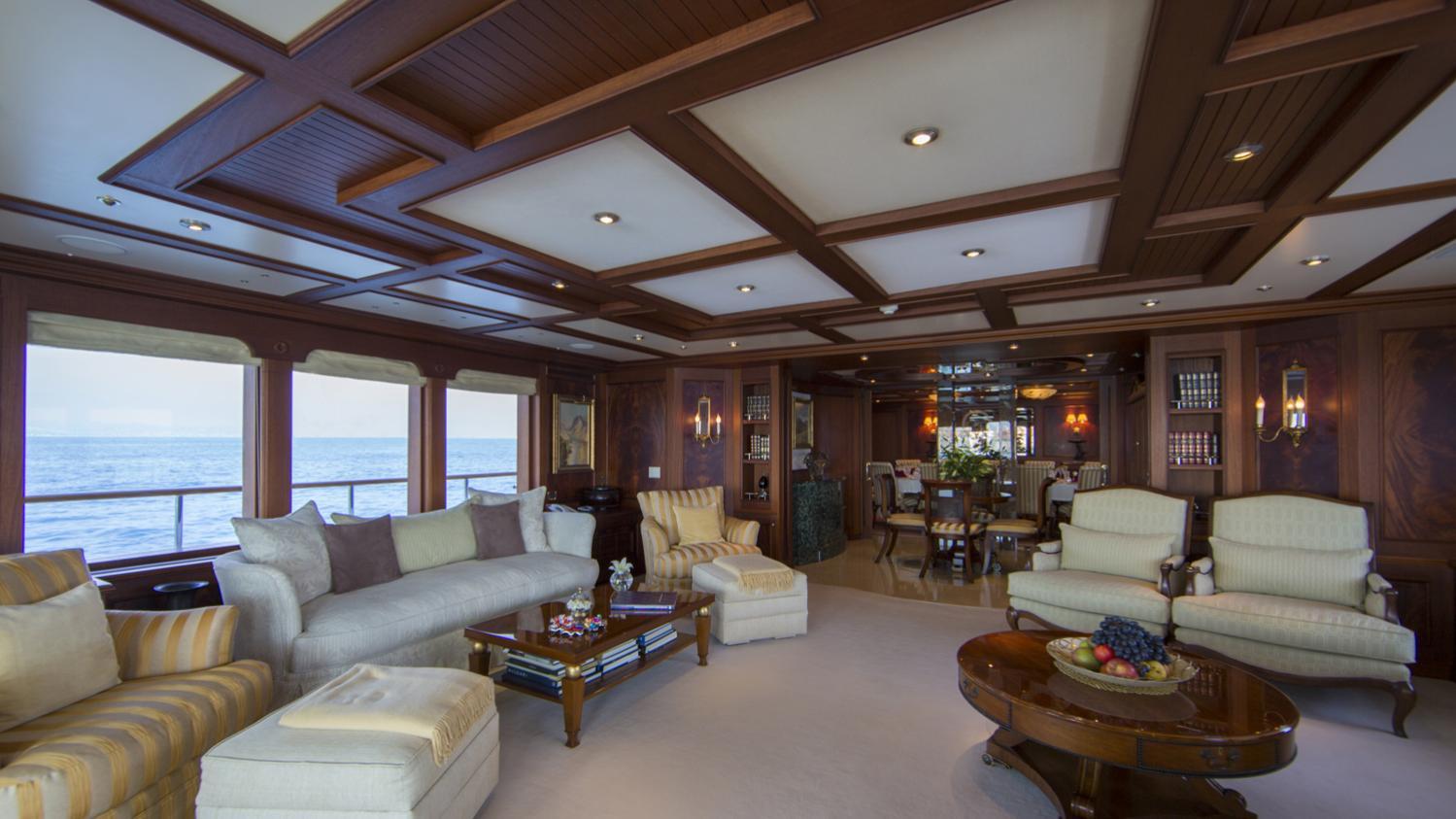 mosaique-yacht-saloon