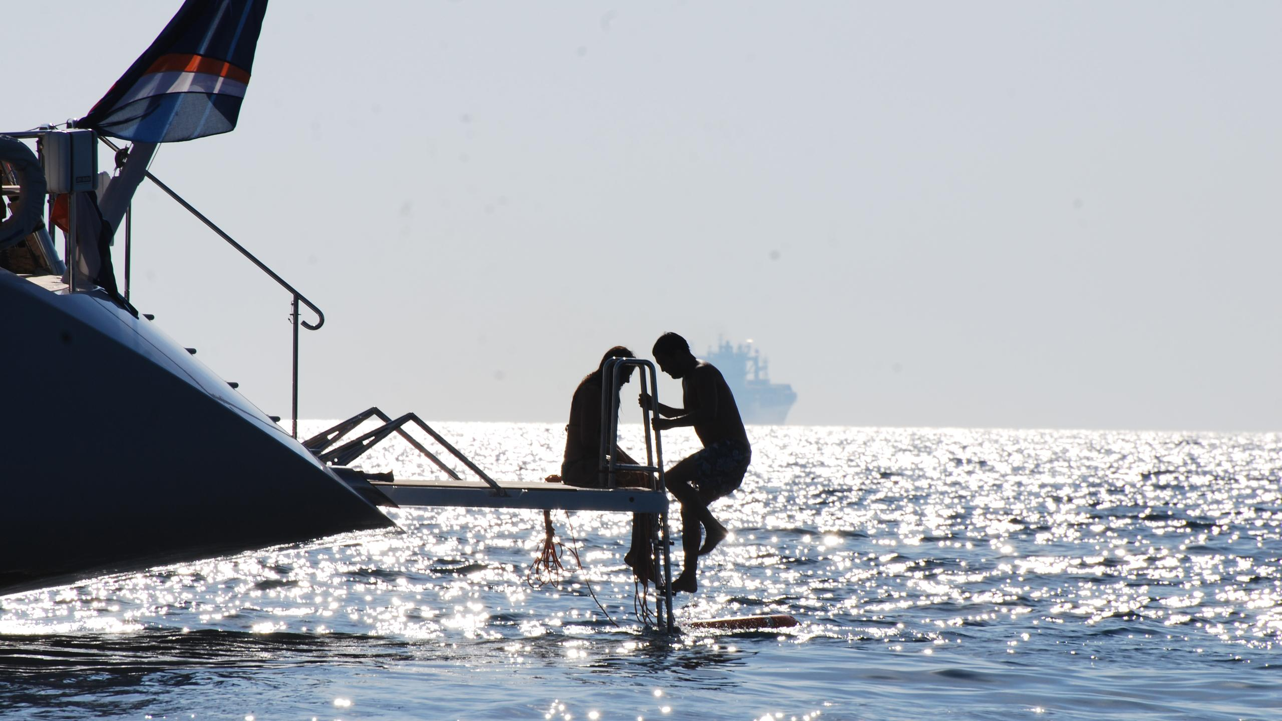 hyperion-yacht-beach-vlub