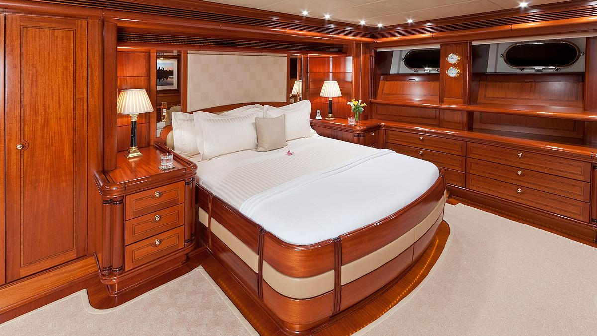 hyperion-yacht-double-cabin