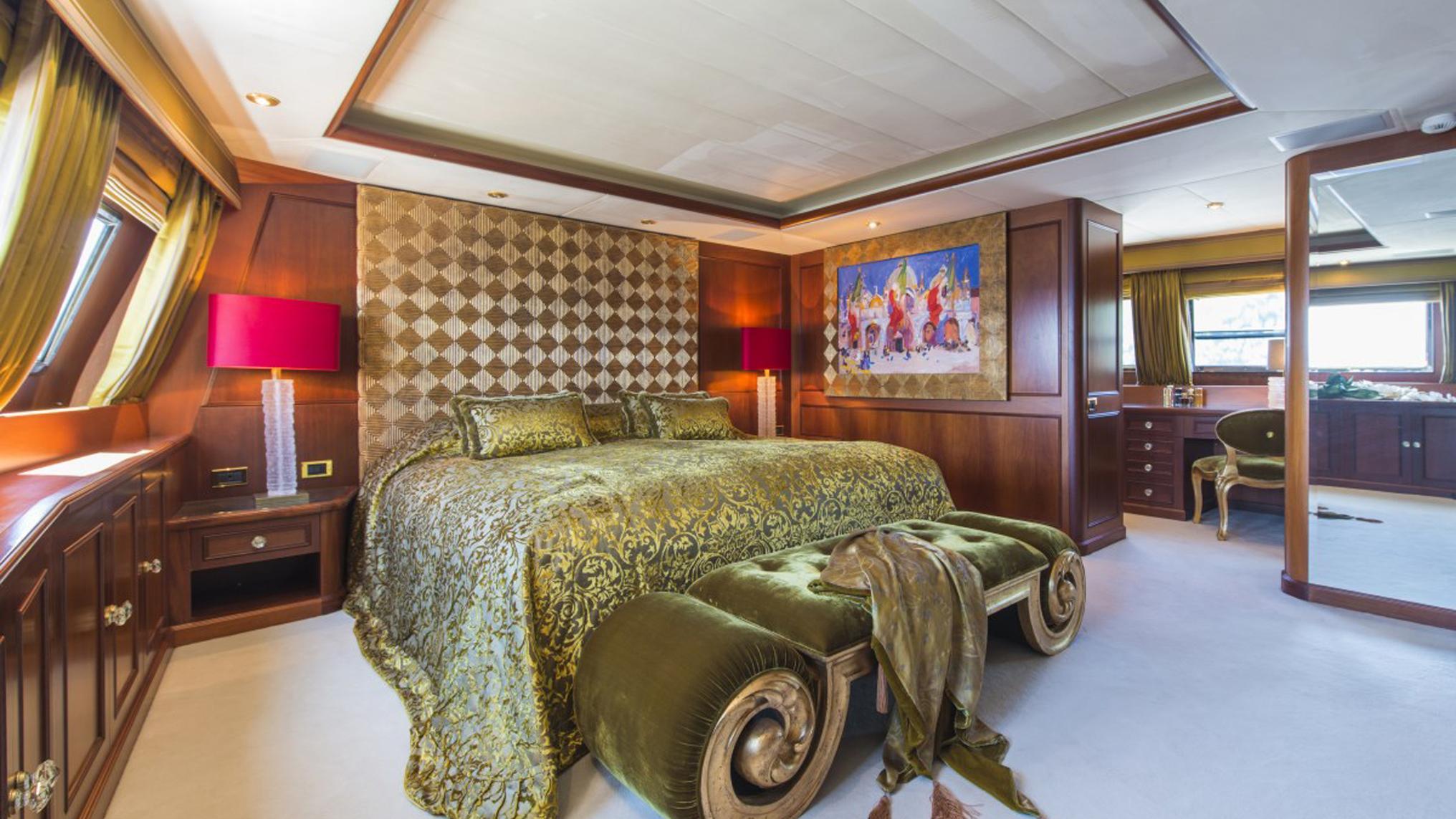 sea-dream-yacht-master-cabin