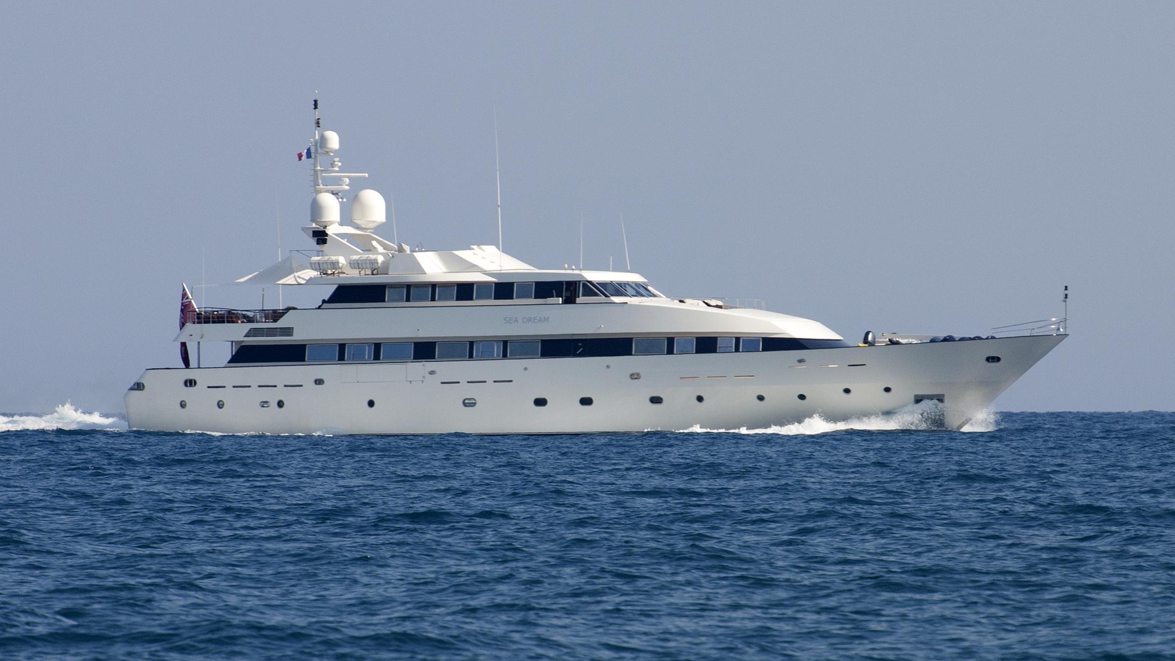 sea-dream-yacht-exterior