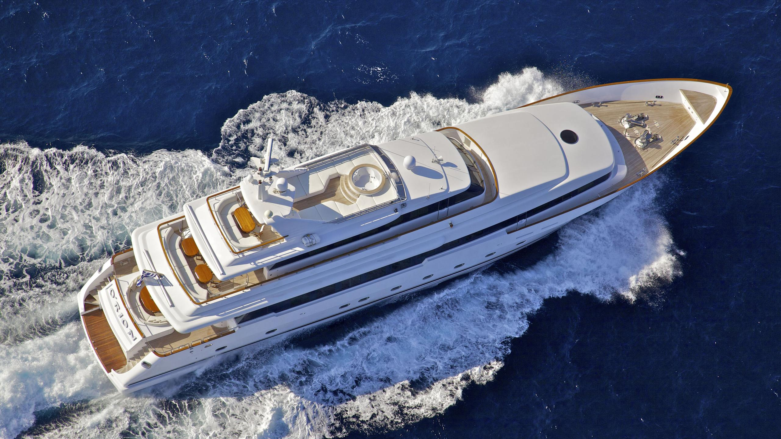 orion-yacht-cruising